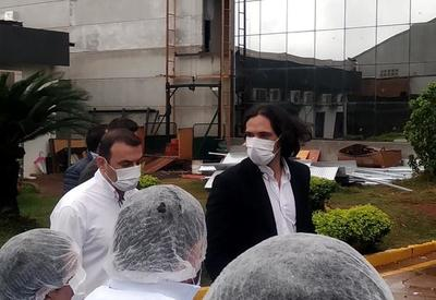 Roque Santacruz desiste de vender tapabocas al Estado