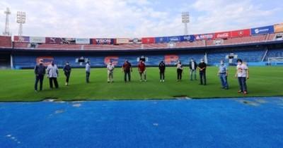 Concluyó inspección de estadios para el retorno del fútbol profesional