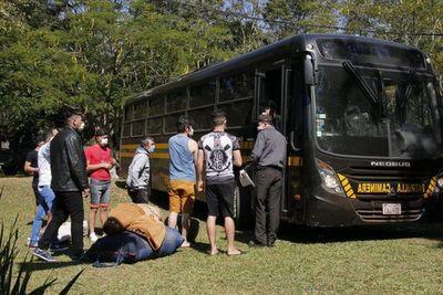 Unos 40 paraguayos ingresan desde Bolivia para cumplir cuarentena