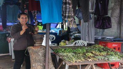 Vendedores de Villa Elisa se enfrentan a las consecuencias de la crisis