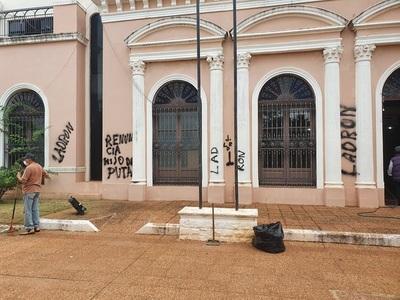 Sube de nuevo tensión política en Concepción