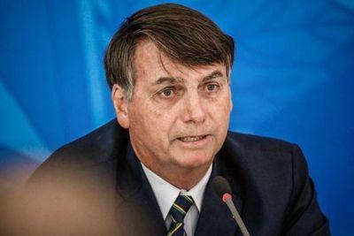 Solo si fuera un ratón para entregar el teléfono, dice Bolsonaro
