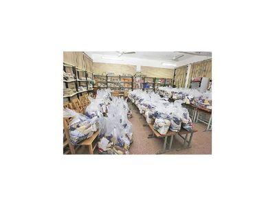 Gobernación de Central dio  kits tras 70 días de atraso