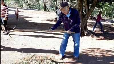 Robustiano cumple un siglo de vida en Yby Yaú
