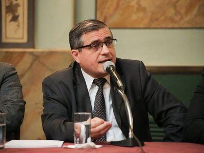 Anticorrupción hará denuncia  por cobro ilegal de funcionarios