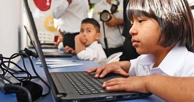 FEEI aprueba US$ 62 millones para brindar internet a más de 2.000 escuelas y colegios