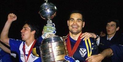 El Chila dispara contra jugador español por desconocer a Vélez