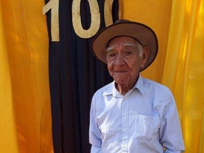 Fanático del club Guaraní cumplió sus 100 años