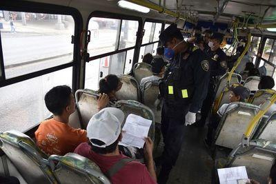 Bus del transporte público podrán llevar hasta 10 pasajeros parados