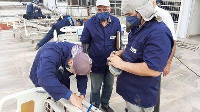 COVID-19: 400 paraguayos fabricarían 100 camas hospitalarias por día