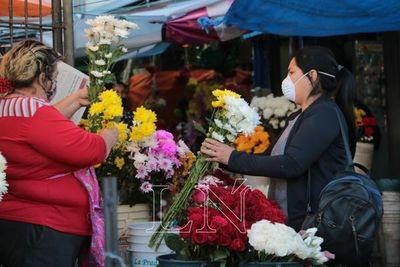 El Mercado 4 volvió a funcionar a pleno bajo estrictas medidas sanitarias