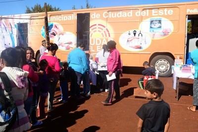 CDE: Clínica Móvil Municipal ya brinda asistencia a las familias más necesitadas