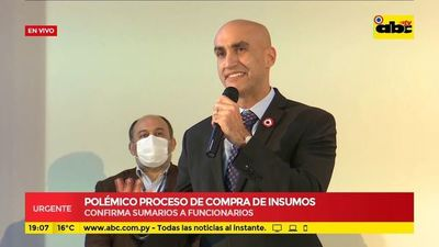 Ministro de Salud confirma sumario a siete funcionarios