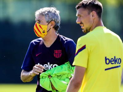 En Barcelona ya utilizan los tapabocas oficiales del club