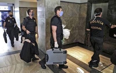 Allanan casa del gobernador de Río para investigar desvíos de dinero