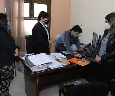 Fiscales se constituyeron en el Ministerio de Salud