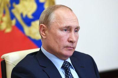 Putin considera superado pico de epidemia en Rusia