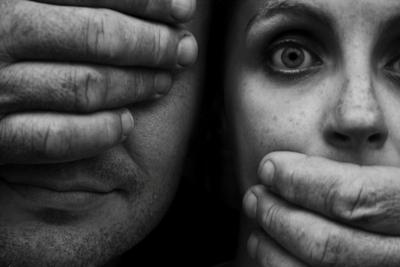 """""""Violencia de género es una pandemia dentro de la pandemia"""", dicen expertas"""