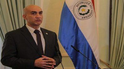 """""""El ministro se expone a una lesión de confianza de G. 17 mil millones"""""""