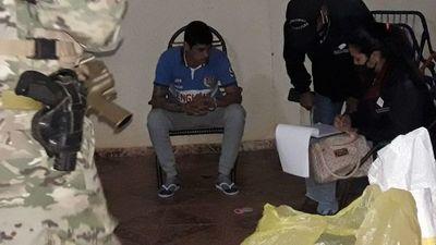"""Joven fue detenido por supuesto """"delivery"""" de drogas"""