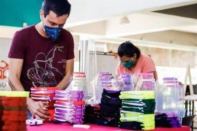 Facultad de Arquitectura pide apoyo para fabricar unas 10.000 mascarillas