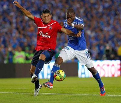 Colombia define ruta para retomar la liga de fútbol en agosto