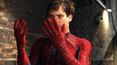 Tres niños se dejaron picar por una araña negra porque querían ser Spider-Man