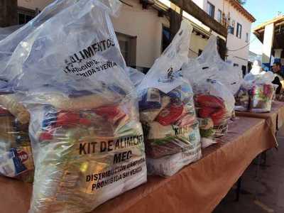 MEC concluye tercera entrega de kits de alimentos en escuelas y colegios