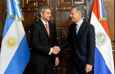 Argentina y Paraguay anuncian medidas para favorecer la libre navegación