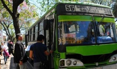 Ejecutivo confirma aumento de subsidio a transportistas