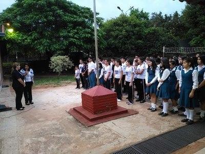 MEC establece mecanismo de traslado de estudiantes de colegios privados a instituciones públicas