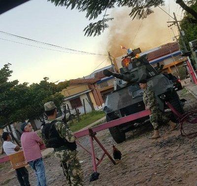 Reos protestan en Tacumbú en contra del nuevo protocolo de visitas