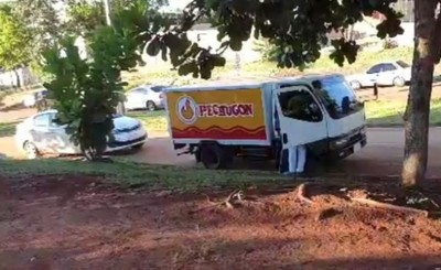 Asaltan camión repartidor de pollos y se llevan G. 7 millones