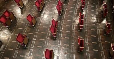Cines en Alemania reabrirán con distanciamiento social