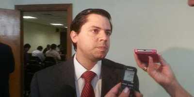 """Defensa de Cuevas afirma que se debe """"revocar la prisión preventiva"""""""