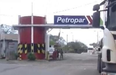 Caso Petropar: Se busca agua tónica