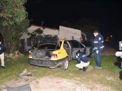 Mellizos asaltaron a un taxista