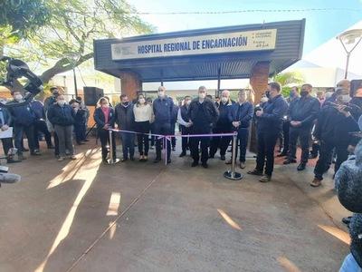 GOBIERNO INAUGURA OBRAS EN EL HOSPITAL REGIONAL DE ENCARNACIÓN