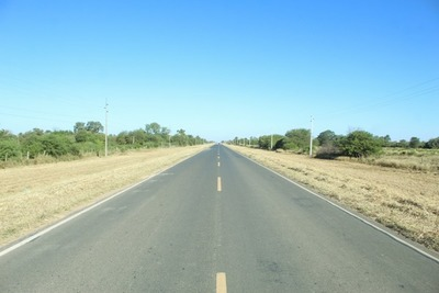 Municipalidad realizó limpieza de franja de dominio de las rutas de acceso