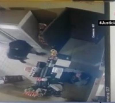 Ladrón precavido asaltó local de cobranza en Fernando de la Mora