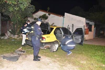 Caen dos hermanos luego de asaltar a un taxista y enfrentarse con la Policía • Luque Noticias