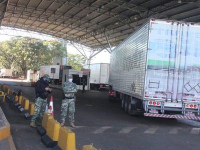 Camioneros logran normalizar tráfico en Puente de la Amistad