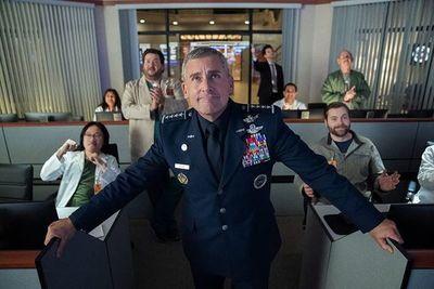 """De """"The Office"""" a """"Fuerza espacial"""", Steve Carell vuelve a despegar en la comedia"""
