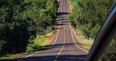 Gobierno inaugura nuevos tramos asfaltados en Itapúa