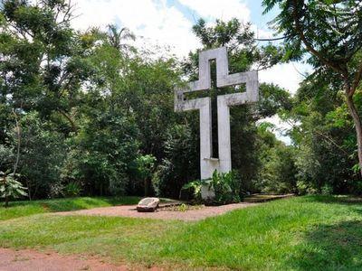 Ante la poca asistencia del municipio de Pedro Juan Caballero, la cámara senadores aprobó la creación del municipio de Cerro Corá
