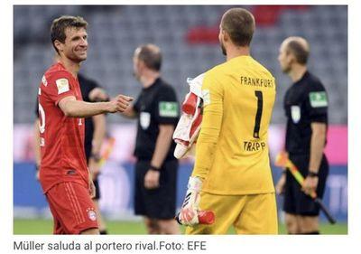 El Bayern se venga del Eintracht liderado por Müller