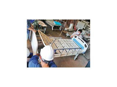 Salud anuncia compra de camas e insumos hechos en Paraguay