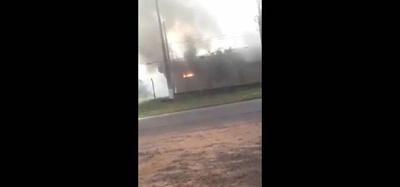 HOY / Reportan incendio en subestación de la ANDE en Santa Rosa del Aguaray