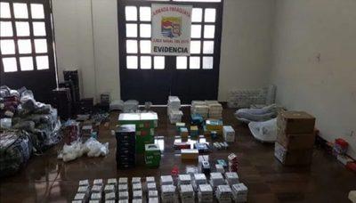Decomisan insumos electrónicos de presunto contrabando