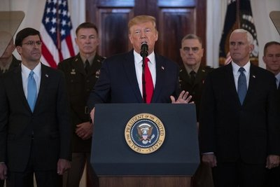 """Trump dice que EE.UU. """"rompe su relación con la OMS"""" por gestión del COVID-19"""